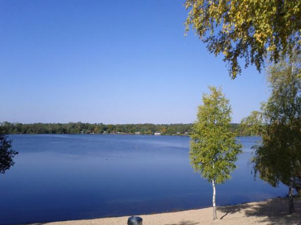 Leben auf dem Campingplatz am See